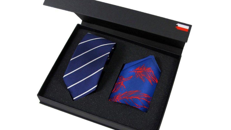Jedwabny krawat i poszetka